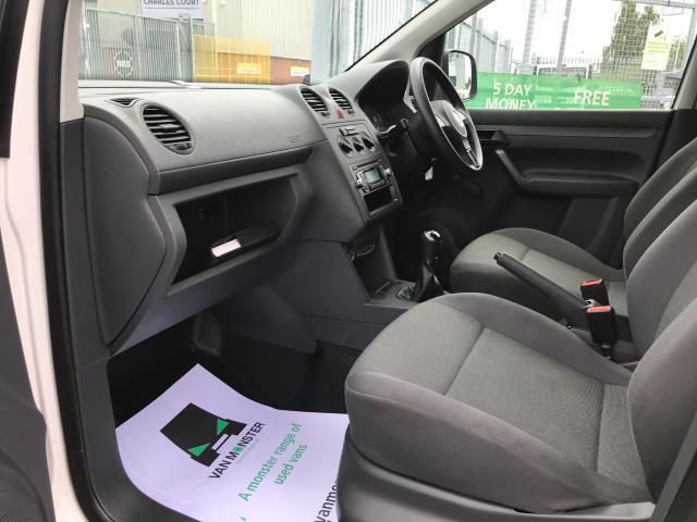 2017 Volkswagen Caddy 1.6TDI 75PS STARTLINE EURO 5 (GF17AWX) Image 17