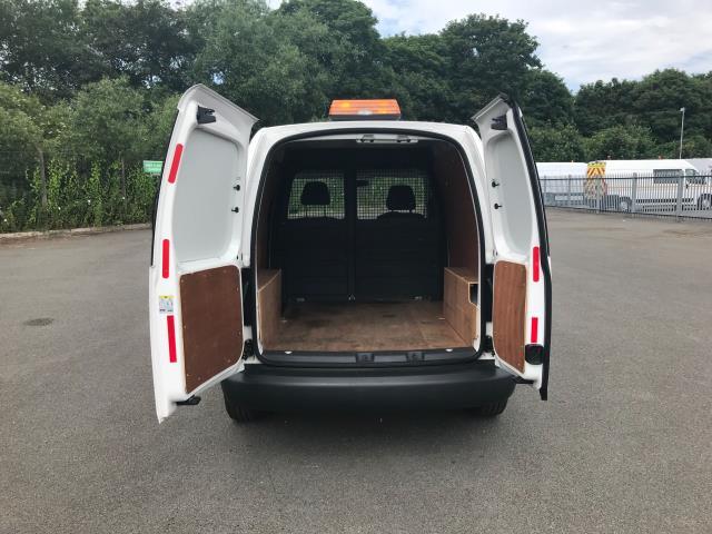 2017 Volkswagen Caddy  1.6 102PS  102 STARTLINE EURO 6 (GF17JVH) Image 8