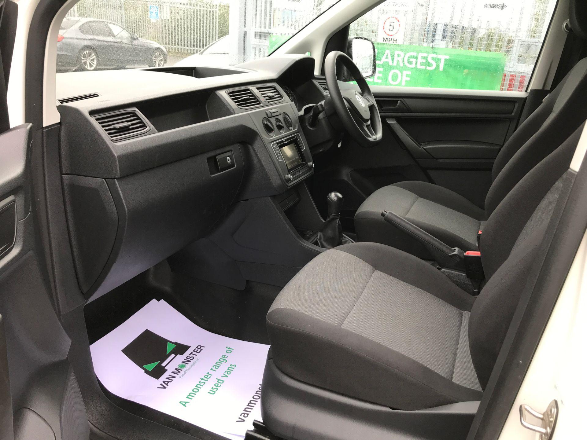 2017 Volkswagen Caddy 2.0TDI BLUEMOTION TECH 102PS STARTLINE EURO 6 (GF17ODU) Image 12