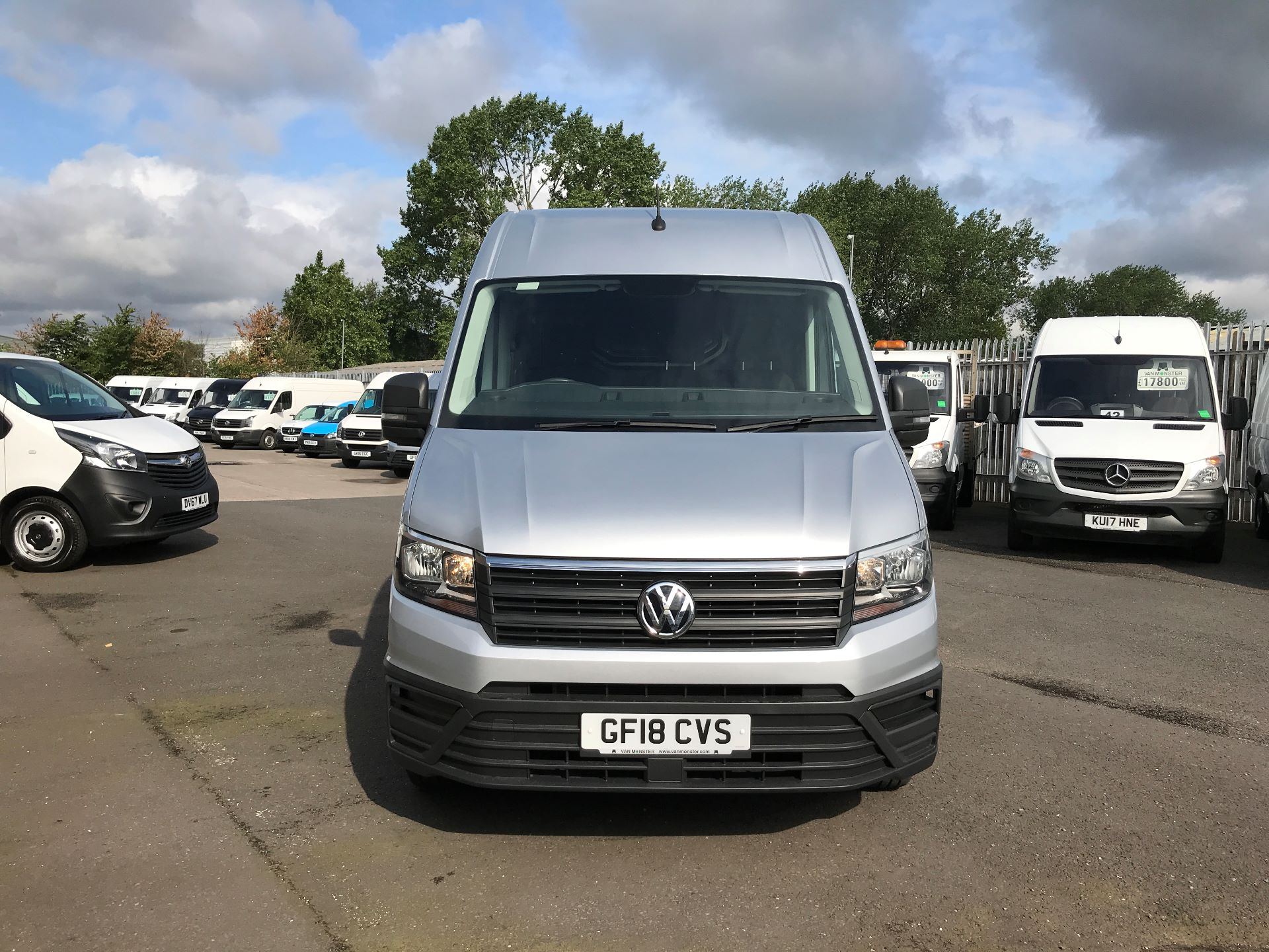 2018 Volkswagen Crafter CR35 MWB HIGH ROOF 2.0TDI 140PS STARTLINE EURO 6 (GF18CVS) Image 14