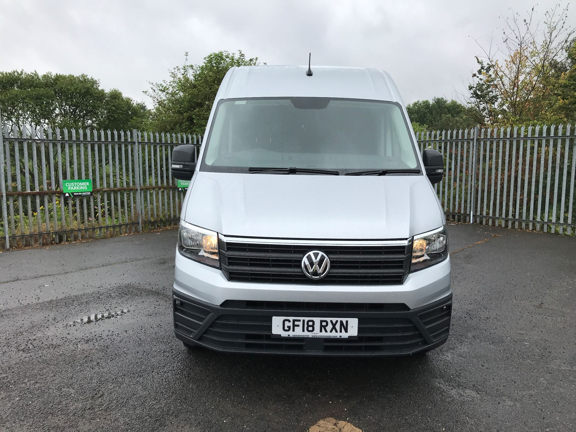 2018 Volkswagen Crafter CR35 MWB HIGH ROOF 2.0TDI 140PS STARTLINE EURO 6 (GF18RXN) Thumbnail 14