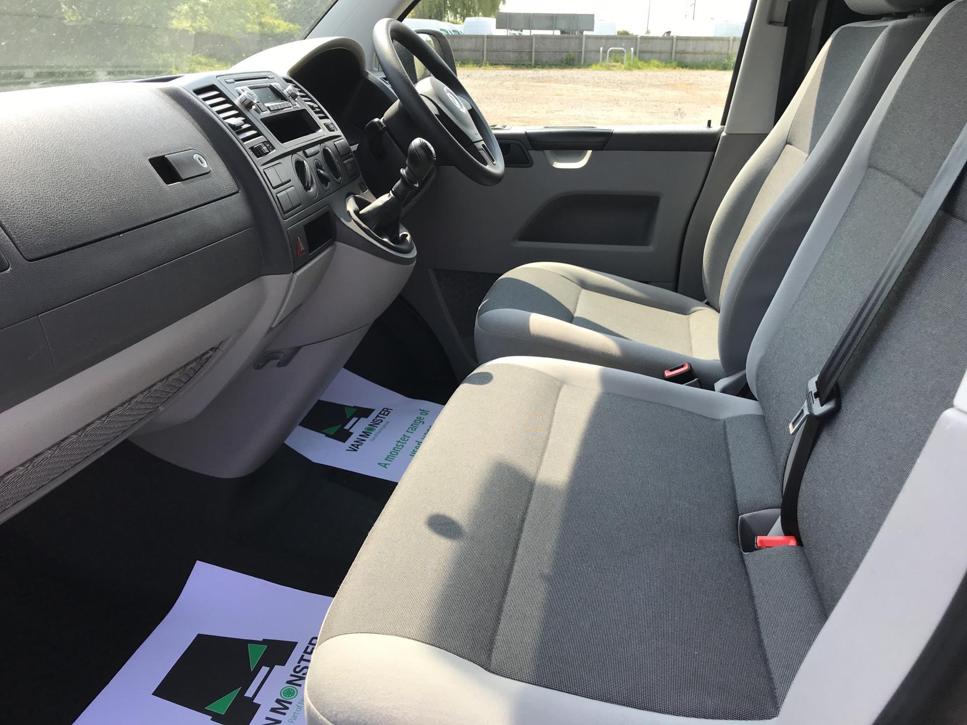 2015 Volkswagen Transporter 2.0 Tdi 102Ps Startline Van SWB (GF65BOH) Image 14