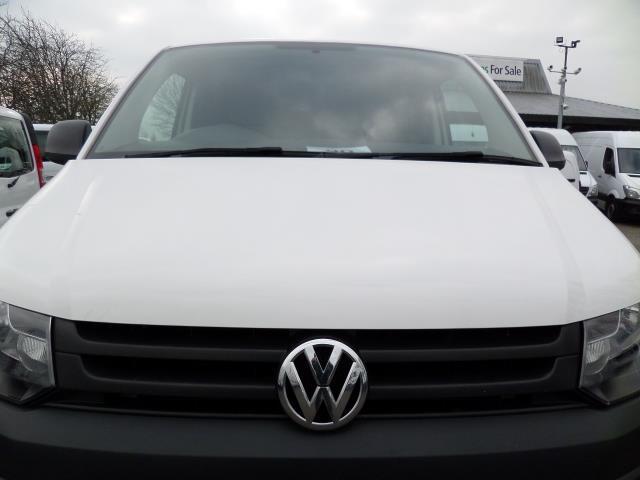 2015 Volkswagen Transporter T28 SWB DIESEL 2.0 Tdi 102Ps Startline EURO 5 (GF65FUT) Image 17