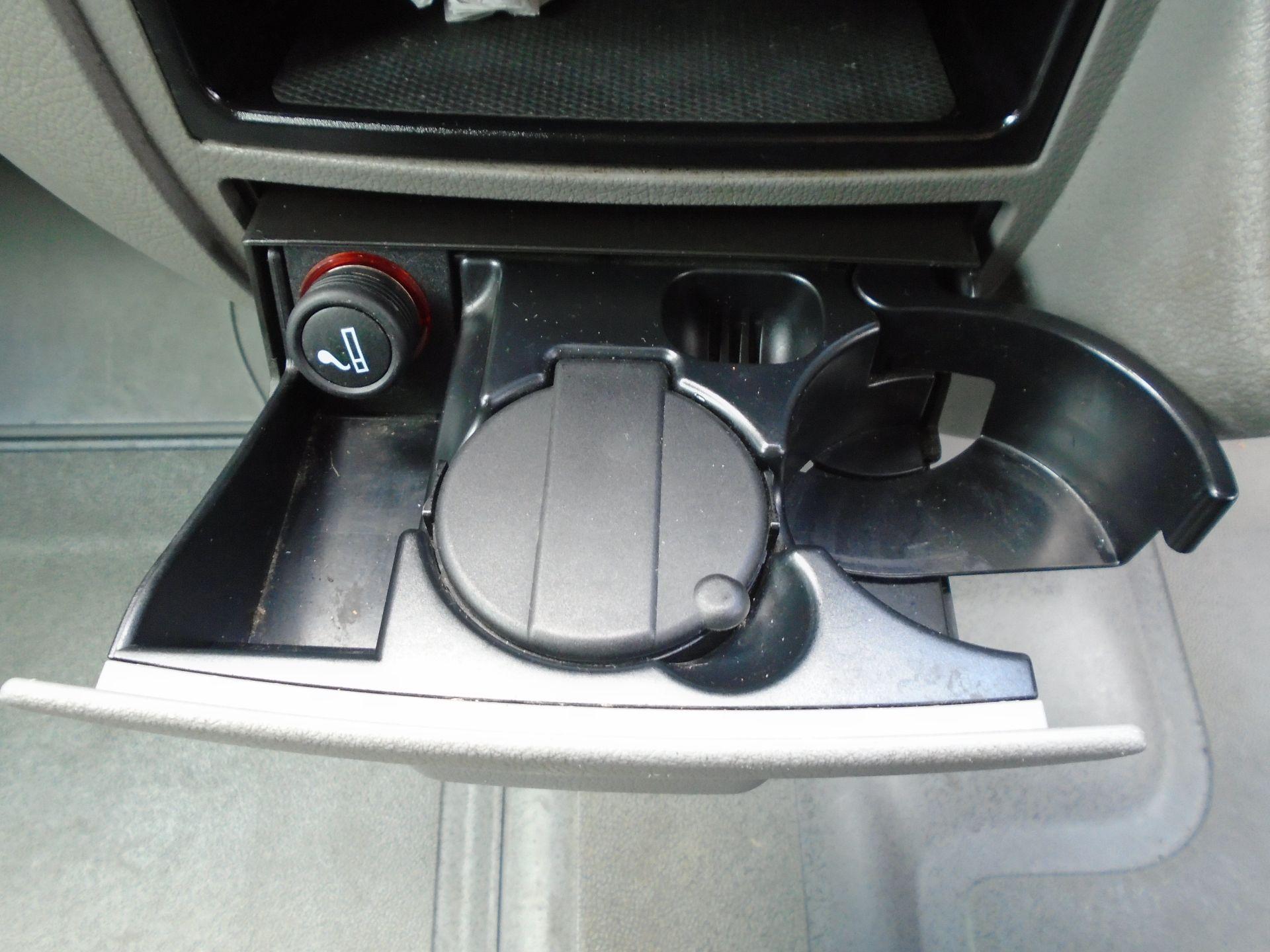 2015 Volkswagen Crafter CR35 LWB 2.0 TDI 136PS H/R EURO 5 (GF65LYX) Image 23