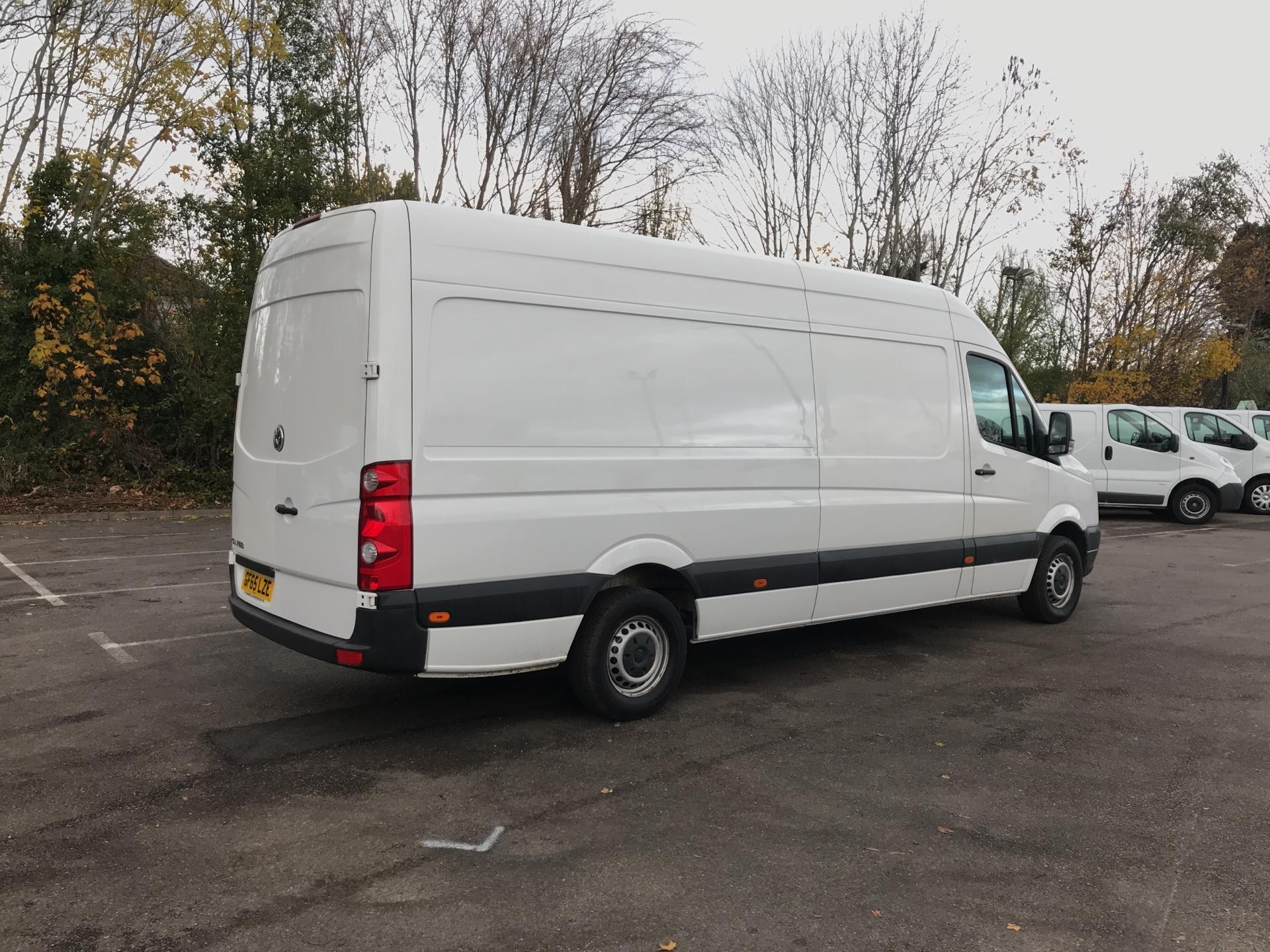 2015 Volkswagen Crafter  CR35 LWB 2.0 TDI 136PS HIGH ROOF EURO 5 (GF65LZE) Image 3