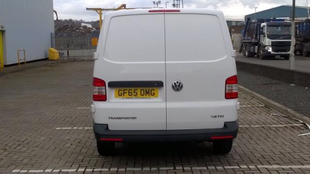 2015 Volkswagen Transporter  T28 SWB DIESEL 2.0 TDI 84PS STARTLINE EURO 5 (GF65OMG) Image 8