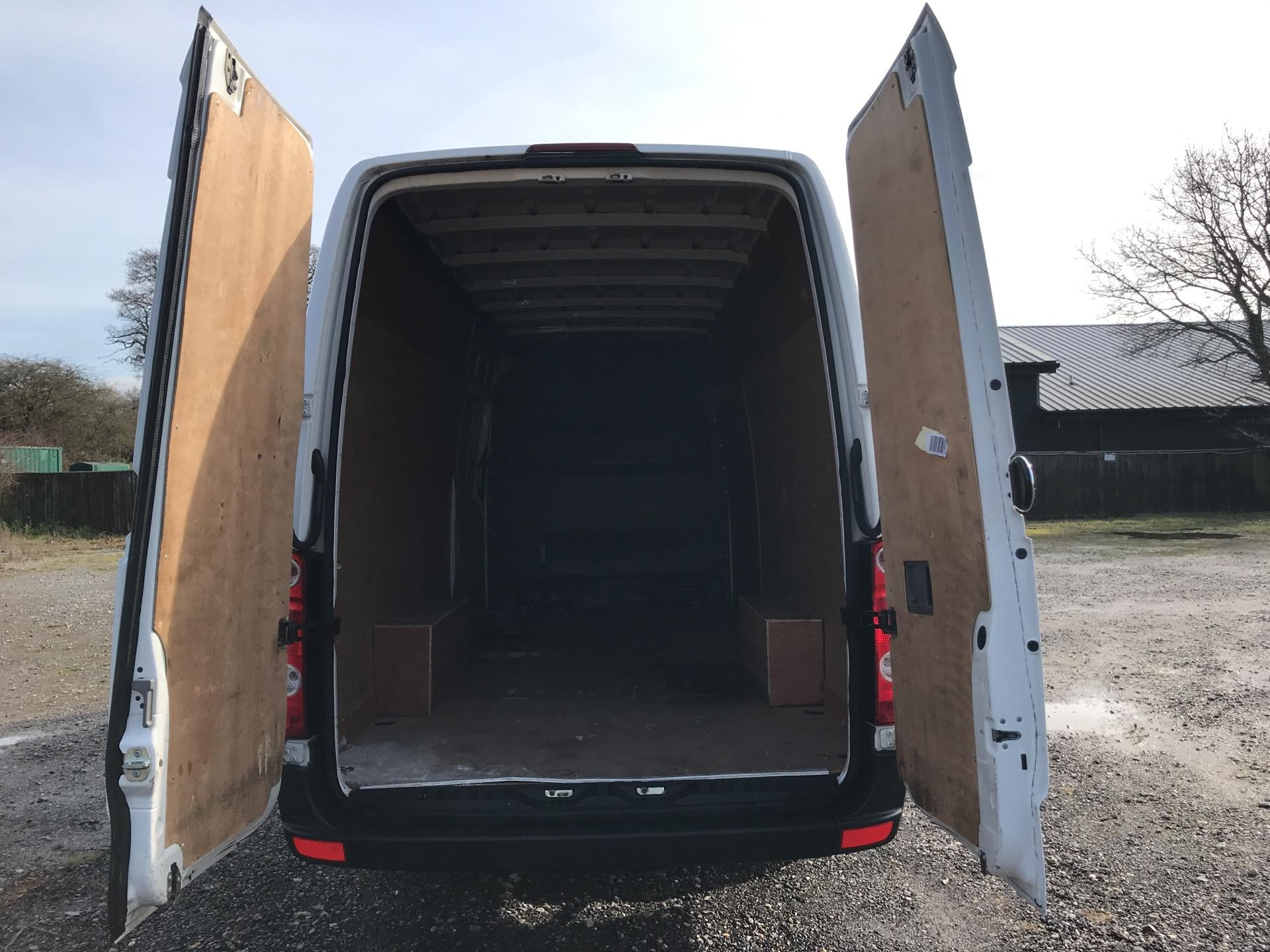2015 Volkswagen Crafter CR35 LWB 2.0 136PS HIGH ROOF EURO 5 (GF65SXN) Image 16
