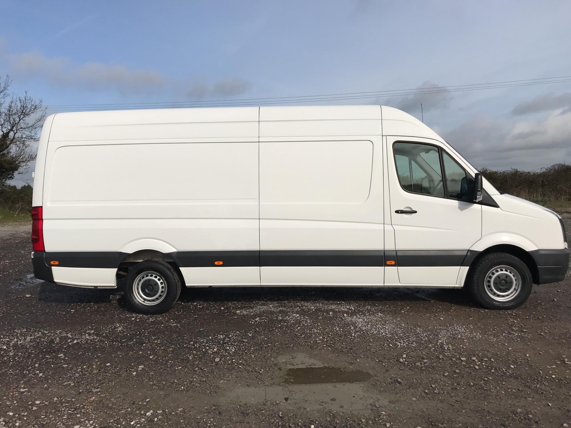 2015 Volkswagen Crafter CR35 LWB 2.0 136PS HIGH ROOF EURO 5 (GF65SXN) Image 2