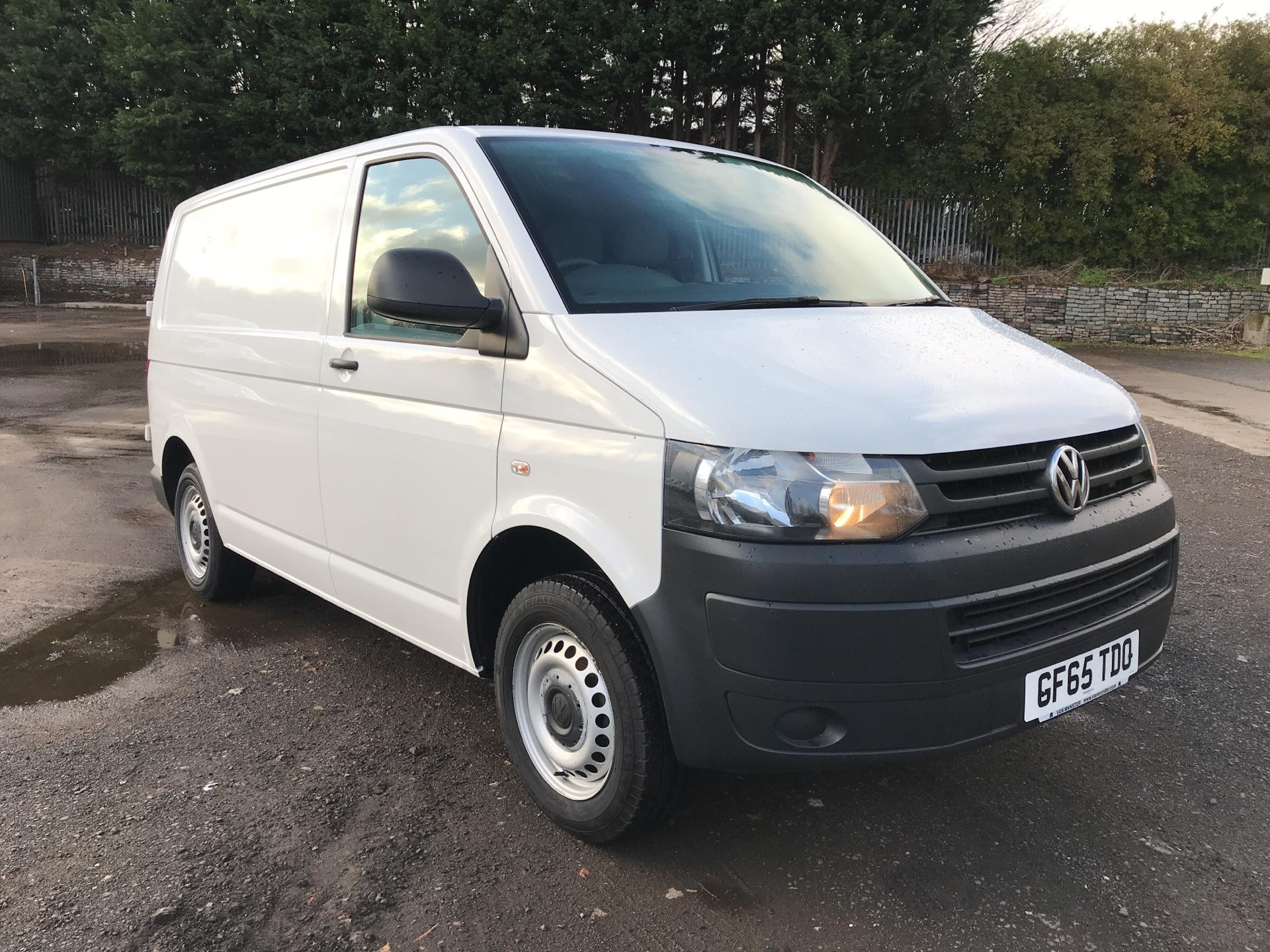 2015 Volkswagen Transporter T28 SWB DIESEL 2.0 TDI BMT 84PS STARTLINE VAN EURO 5 (VALUE RANGE VEHICLE - CONDITION REFLECTED IN PRICE) (GF65TDO)