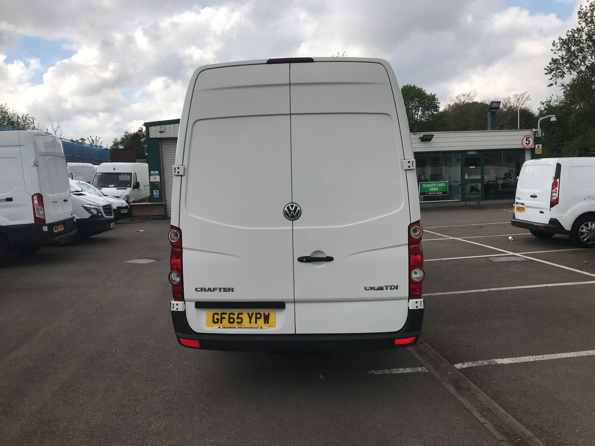 2015 Volkswagen Crafter CR35 LWB 2.0 TDI 136PS HIGH ROOF EURO 5 (GF65YPW) Image 4