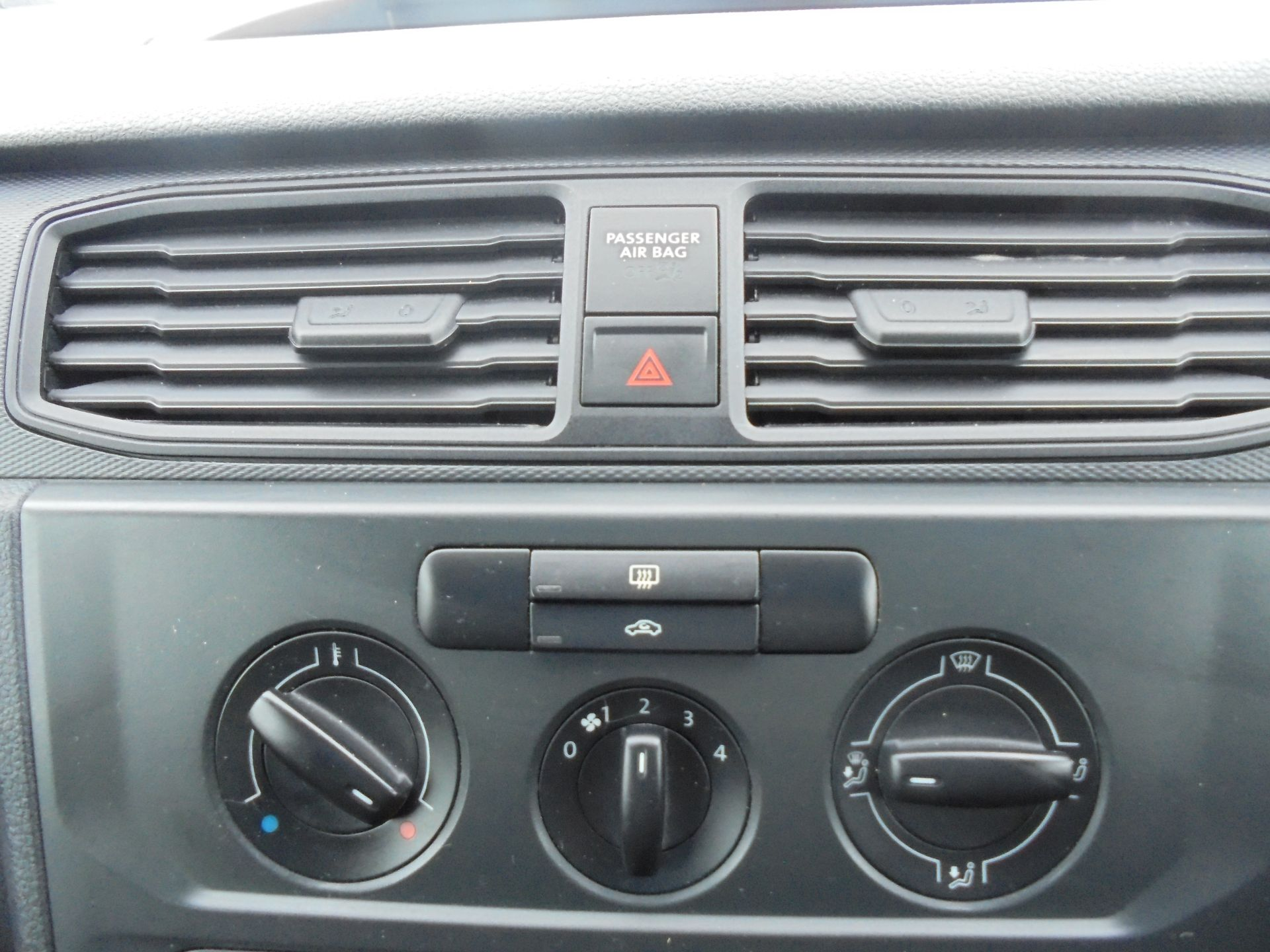 2016 Volkswagen Caddy 1.6 TDI BLUEMOTION TECH 75PS EURO 5 (GF66BZK) Image 20