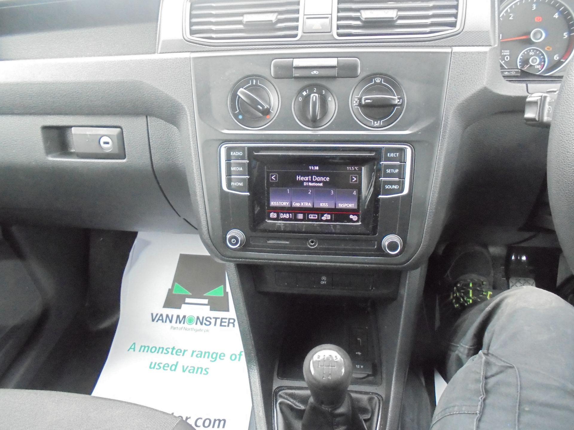 2016 Volkswagen Caddy 1.6 TDI BLUEMOTION TECH 75PS EURO 5 (GF66BZK) Image 13