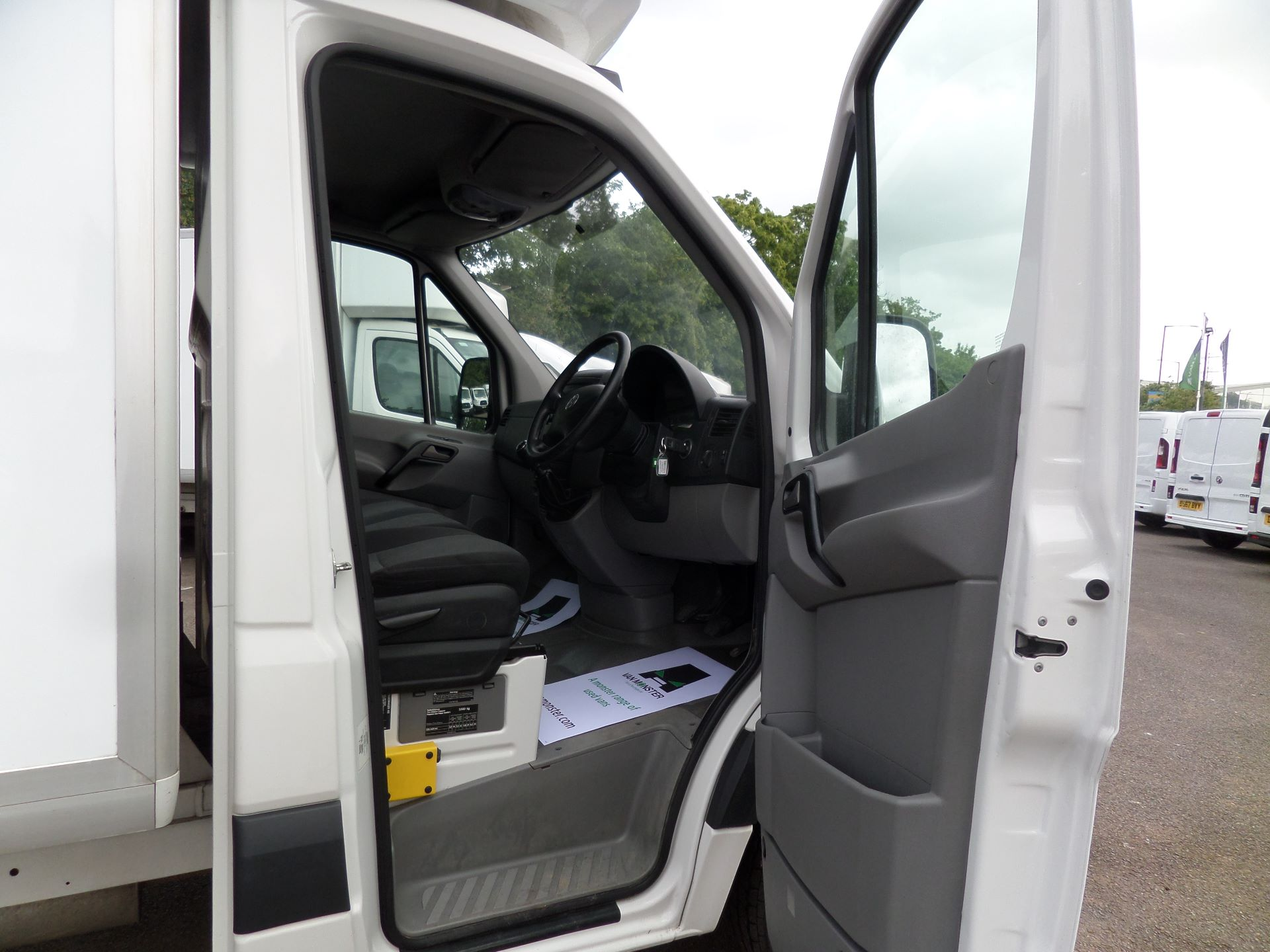 2016 Volkswagen Crafter 2.0 Tdi 136Ps Luton Tail lift (GF66CGK) Image 11