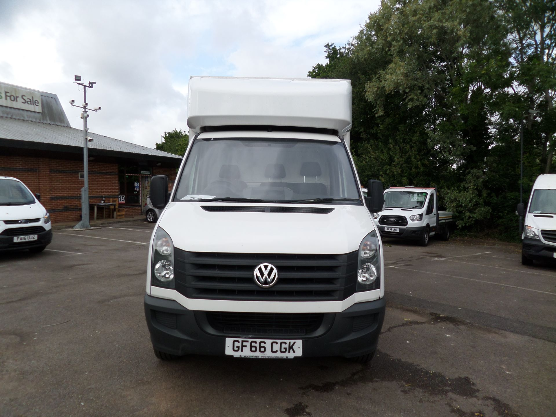 2016 Volkswagen Crafter 2.0 Tdi 136Ps Luton Tail lift (GF66CGK) Image 10