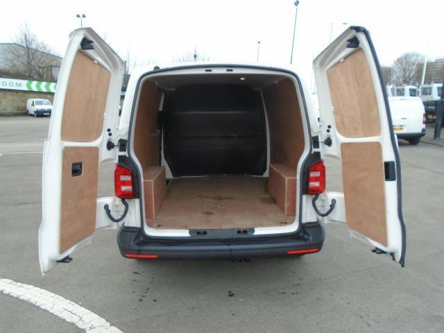 2016 Volkswagen Transporter T28 SWB DIESEL 2.0 TDI BMT 102 STARTLINE VAN EURO 5 (GF66PKO) Image 11