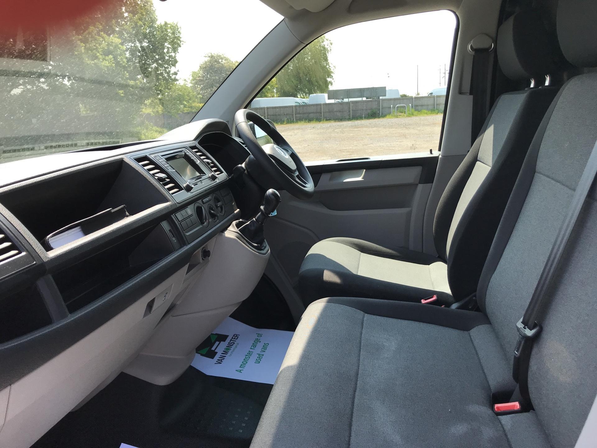 2016 Volkswagen Transporter 2.0 Tdi Bmt 102 Startline Van SWB (GF66PKY) Image 14