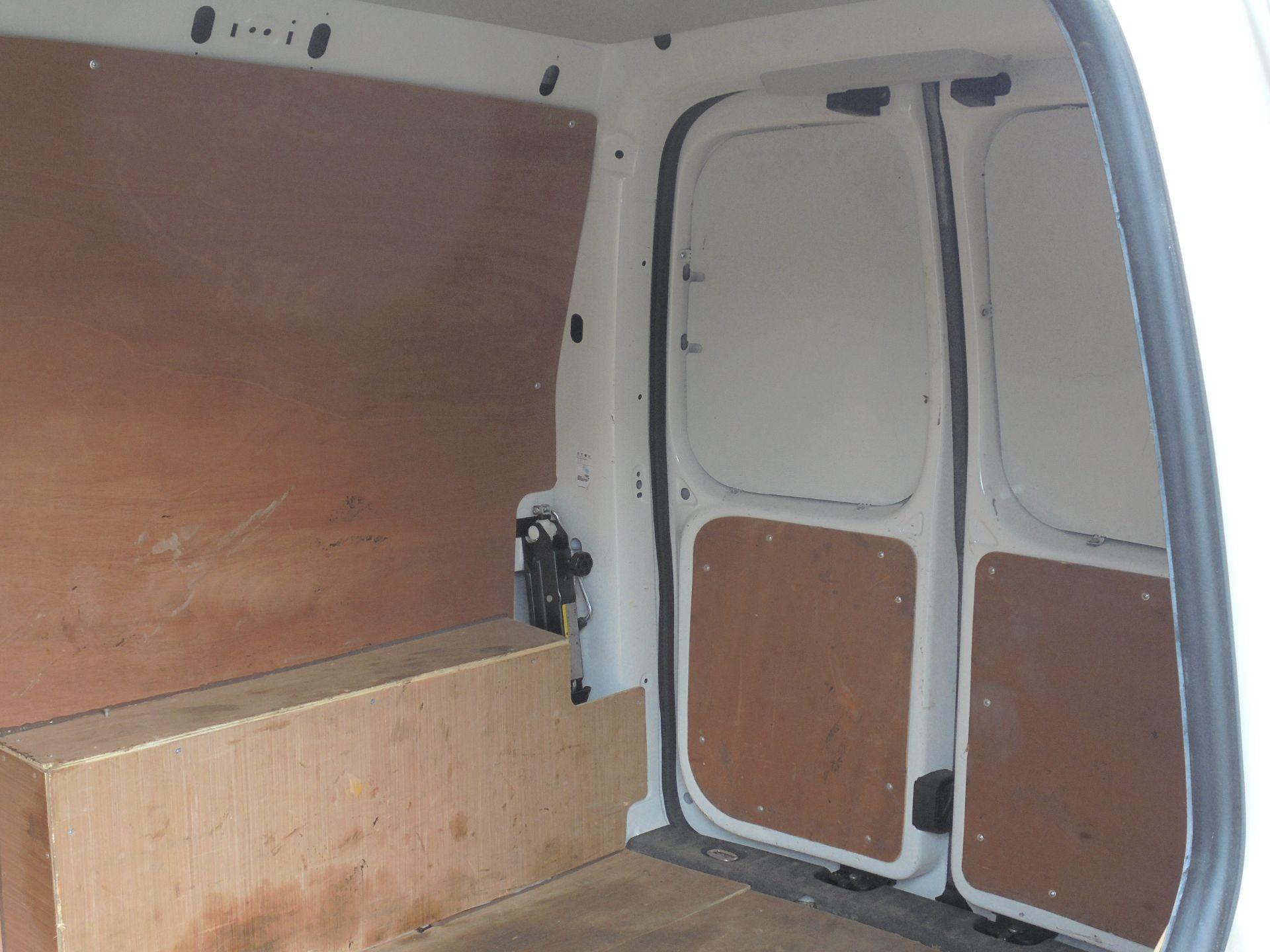 2016 Volkswagen Caddy 1.6 Tdi 102Ps Van (GF66TFZ) Image 7