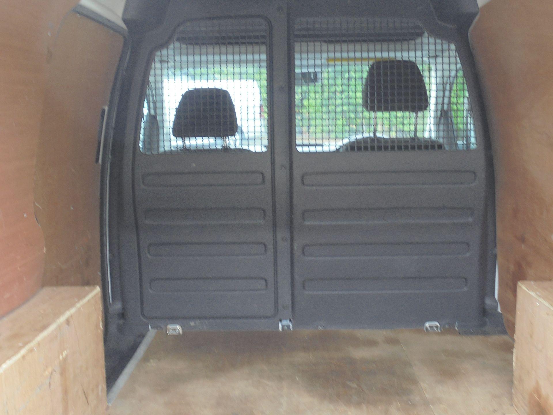 2016 Volkswagen Caddy 1.6 Tdi 102Ps Van (GF66TFZ) Image 10