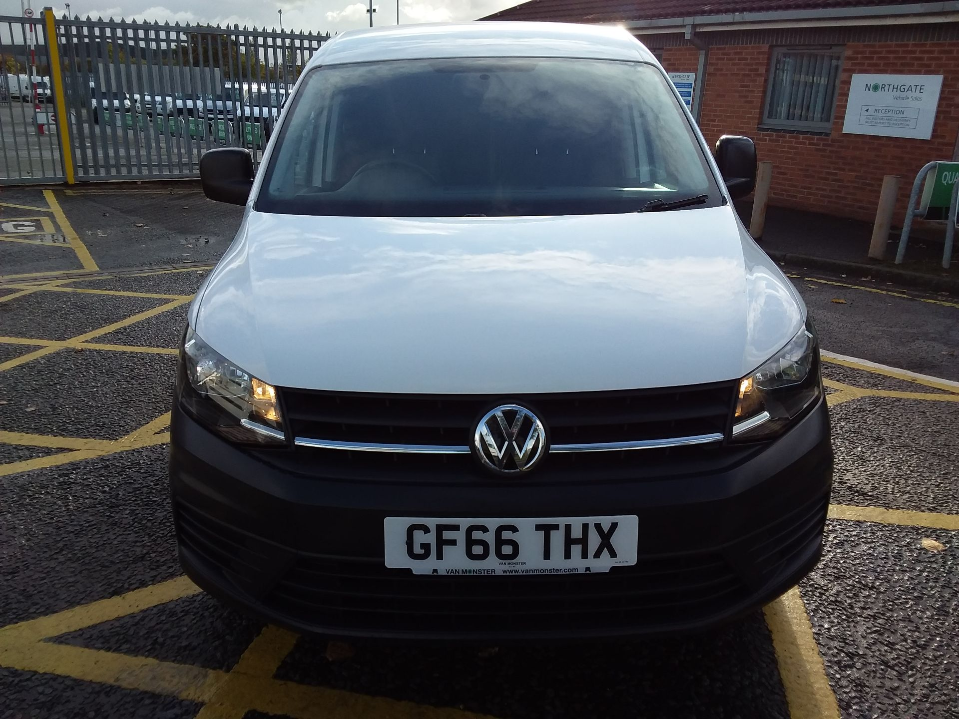 2016 Volkswagen Caddy 1.6 Tdi 102Ps Van (GF66THX) Image 2