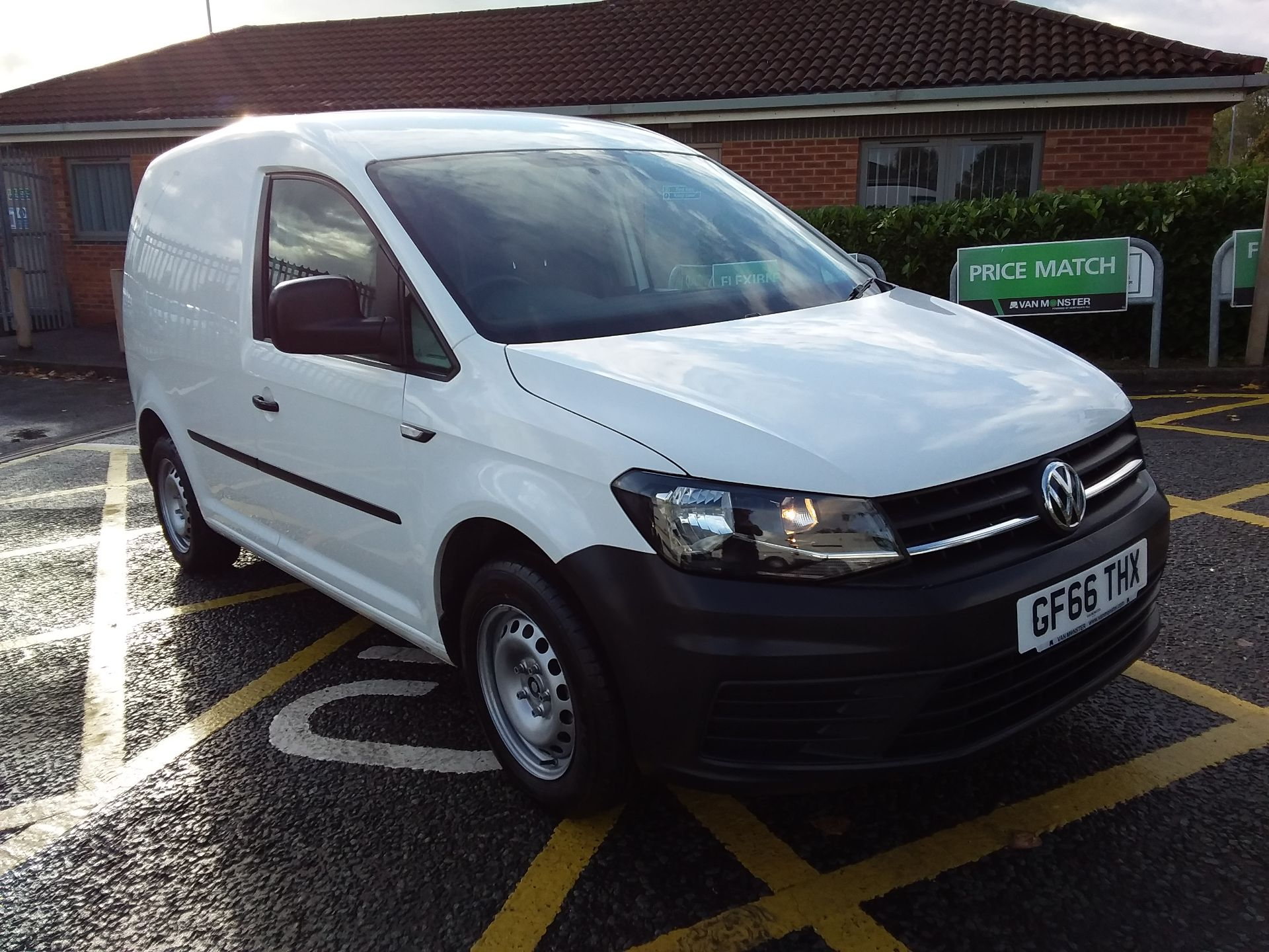 2016 Volkswagen Caddy 1.6 Tdi 102Ps Van (GF66THX)