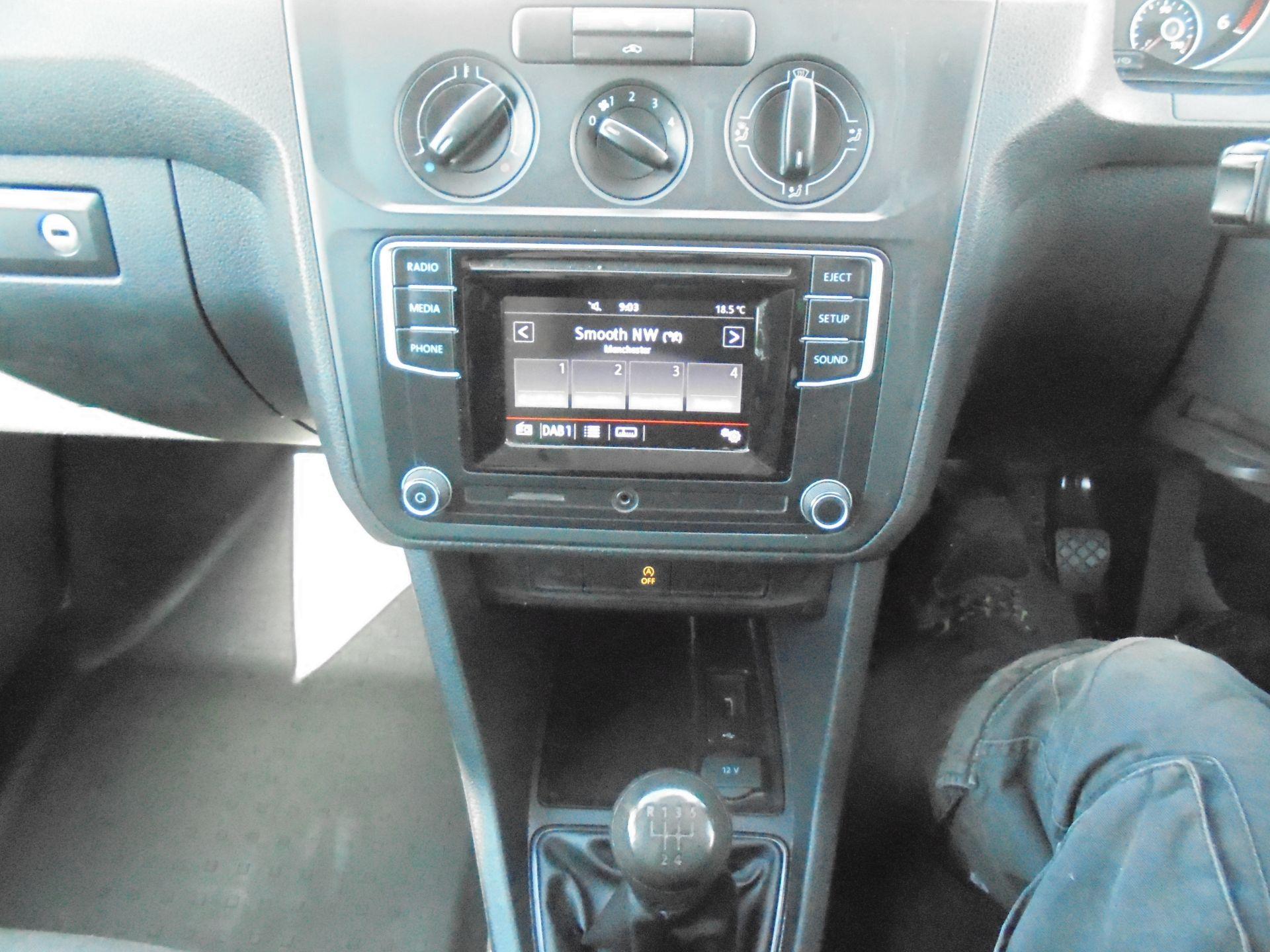 2016 Volkswagen Caddy 1.6 75PS STARTLINE EURO 5 (GF66TJX) Image 13