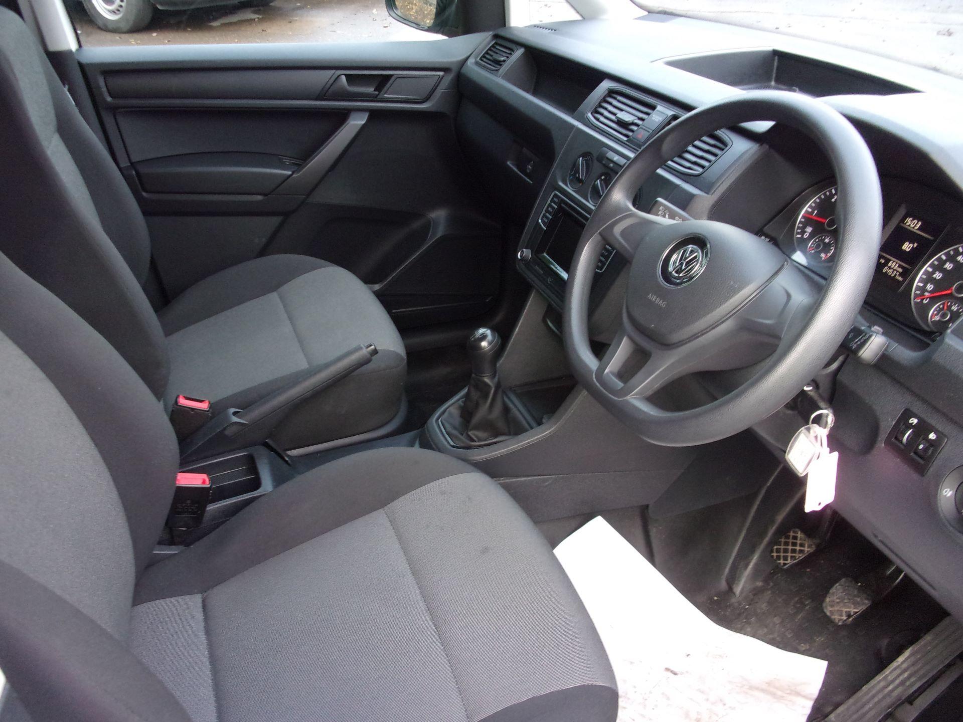 2016 Volkswagen Caddy 1.6 TDI 102PS STARTLINE EURO 5 (GF66UAL) Image 2