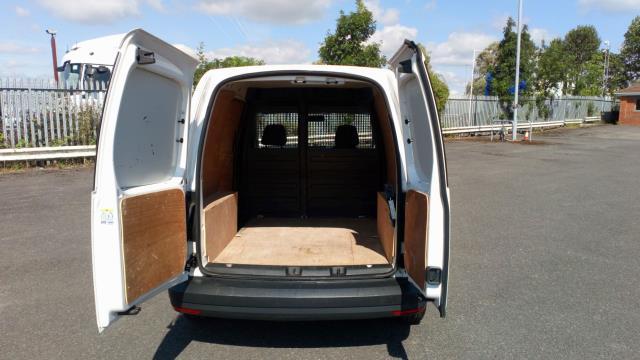 2016 Volkswagen Caddy 1.6 Tdi Bluemotion Tech 75Ps Van (GF66UZT) Image 10