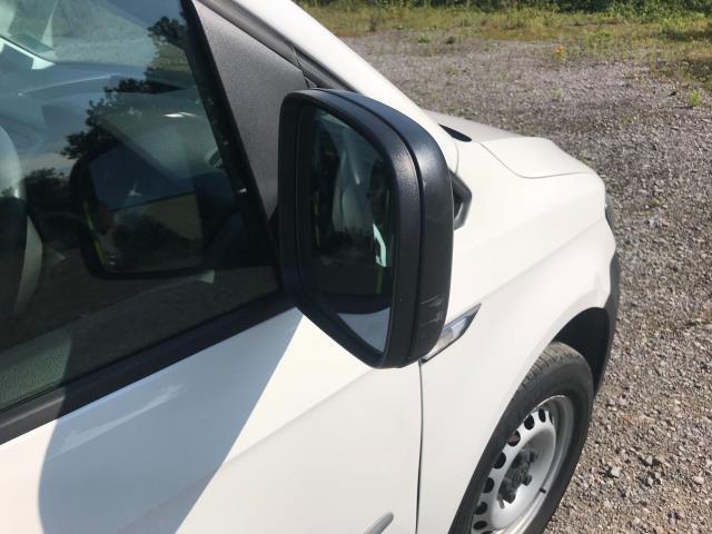 2017 Volkswagen Caddy  2.0 102PS BLUEMOTION TECH 102 STARTLINE EURO 6 (GF67HWE) Image 34