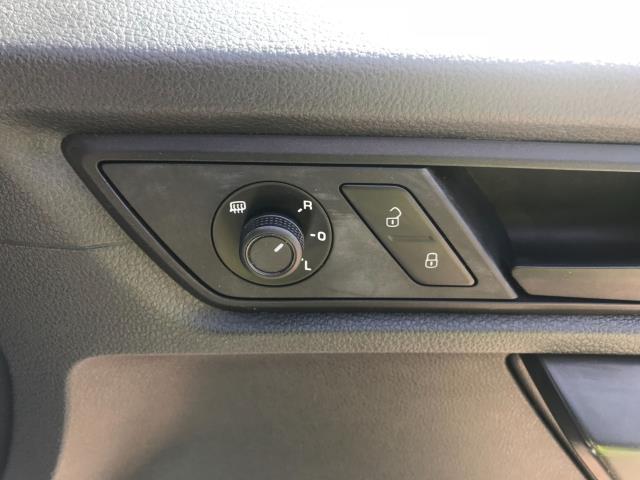 2017 Volkswagen Caddy  2.0 102PS BLUEMOTION TECH 102 STARTLINE EURO 6 (GF67HWE) Image 27