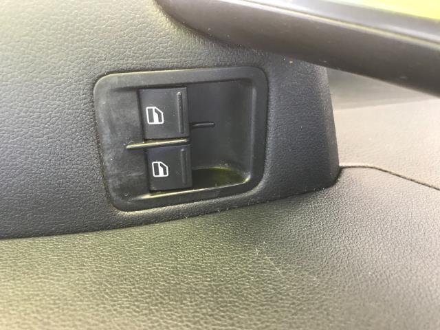 2017 Volkswagen Caddy  2.0 102PS BLUEMOTION TECH 102 STARTLINE EURO 6 (GF67HWE) Image 26