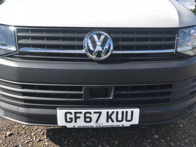 2017 Volkswagen Transporter  T28 SWB DIESEL 2.0 TDI BMT 102 STARTLINE VAN EURO 6  (GF67KUU) Image 47