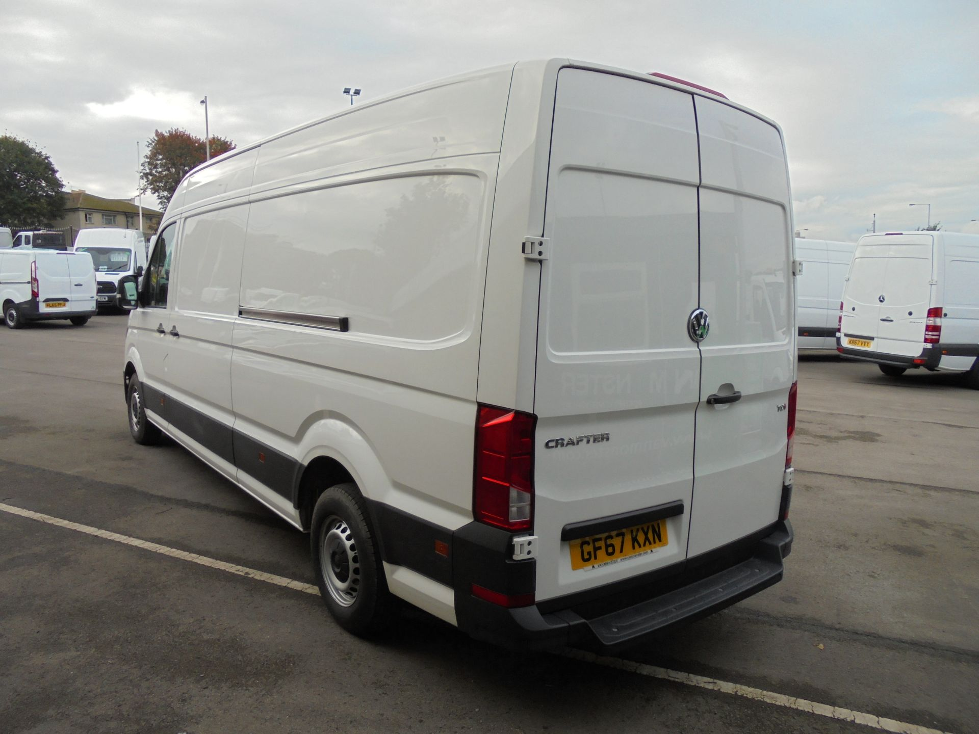 2017 Volkswagen Crafter 2.0 Tdi 140Ps Startline High Roof Van (GF67KXN) Thumbnail 5
