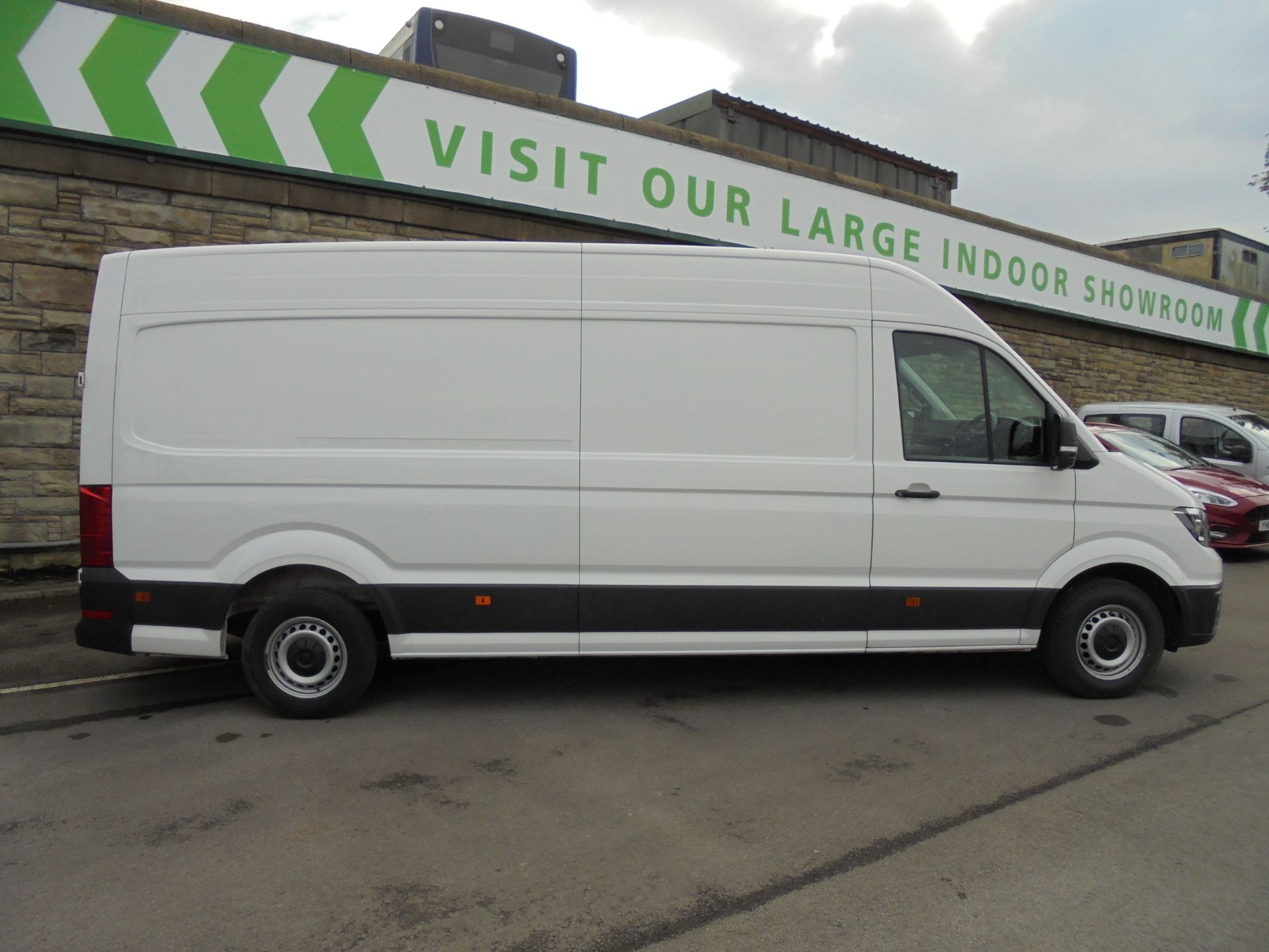 2017 Volkswagen Crafter 2.0 Tdi 140Ps Startline High Roof Van (GF67KXN) Thumbnail 8
