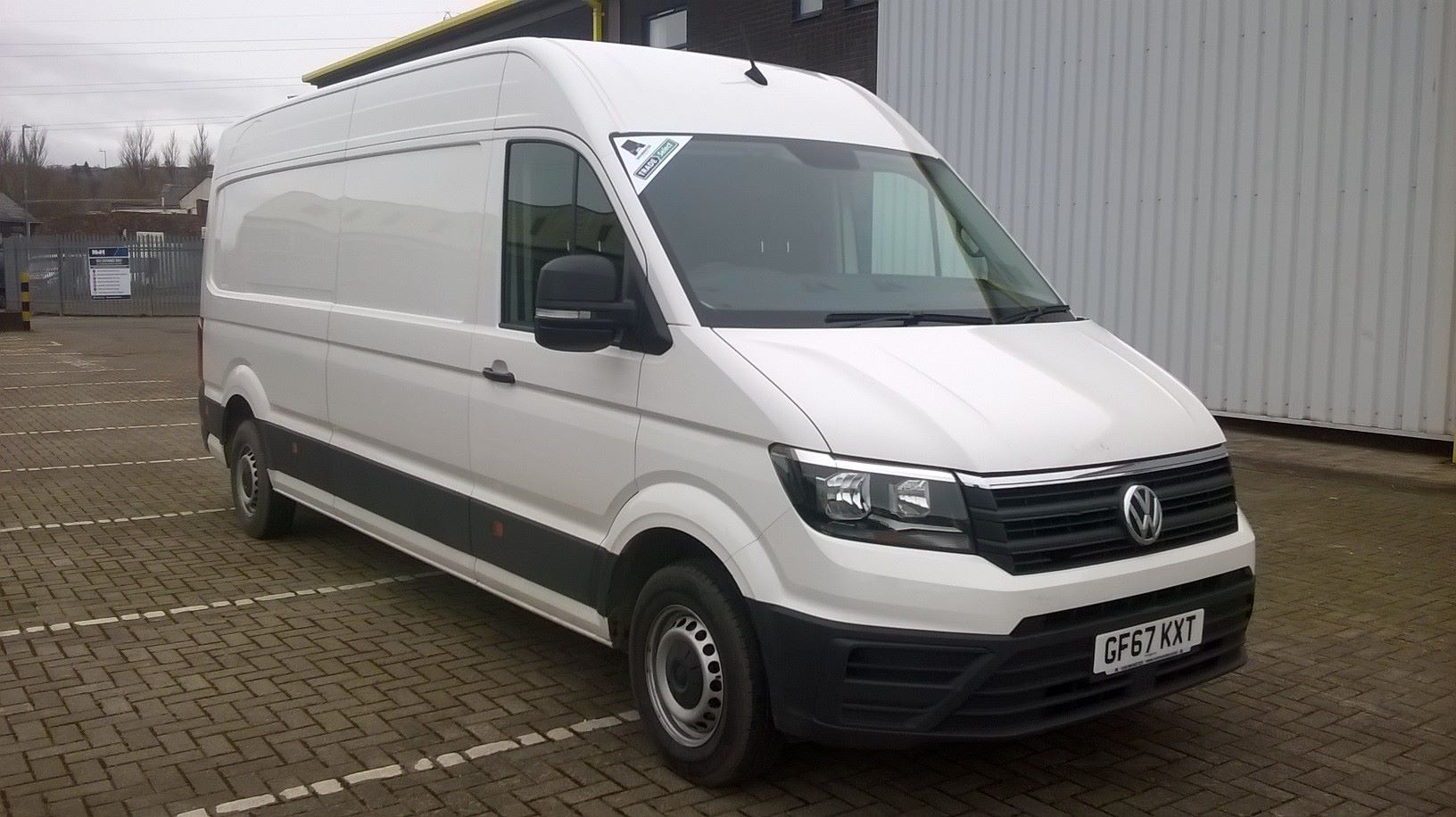 2017 Volkswagen Crafter CR35 LWB 2.0 TDI 136PS HIGH ROOF EURO 6 * RESTRICTED TO 60MPH *  (GF67KXT)