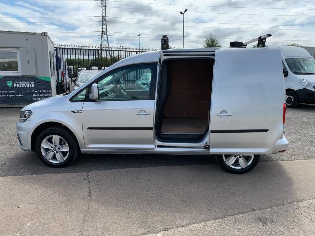 2017 Volkswagen Caddy 2.0 Tdi Bluemotion Tech 150Ps Highline Van EURO 6 (GF67KYS) Image 6
