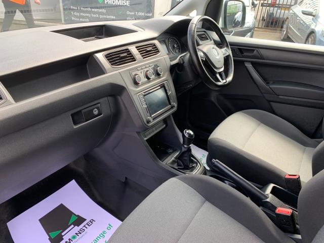 2017 Volkswagen Caddy 2.0 Tdi Bluemotion Tech 150Ps Highline Van EURO 6 (GF67KYS) Image 4