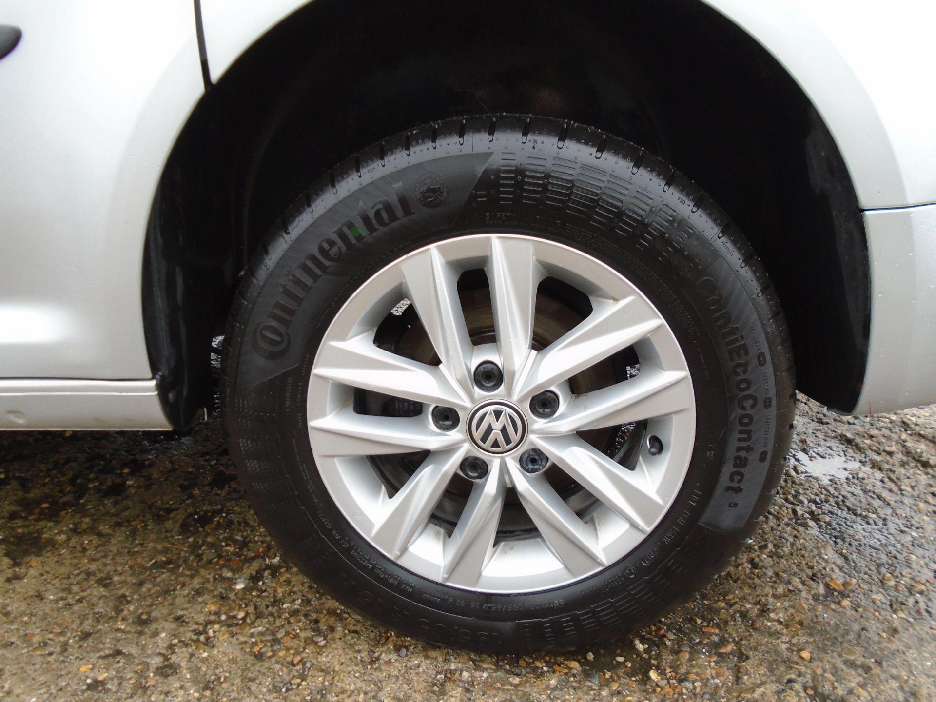 2017 Volkswagen Caddy 2.0 Tdi Bluemotion Tech 102Ps Highline Van (GF67NLA) Image 13