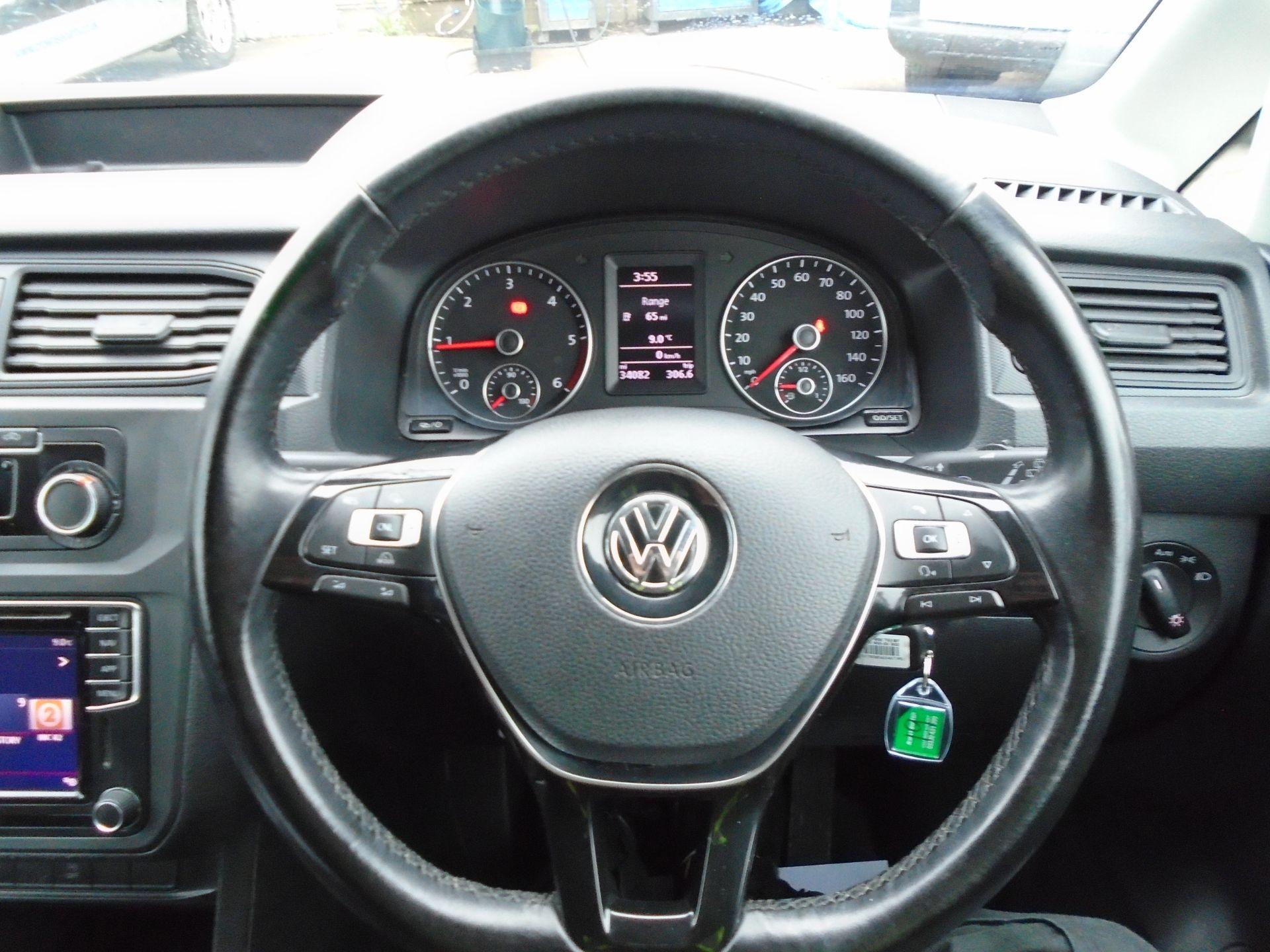 2017 Volkswagen Caddy 2.0 Tdi Bluemotion Tech 102Ps Highline Van (GF67NLA) Image 21