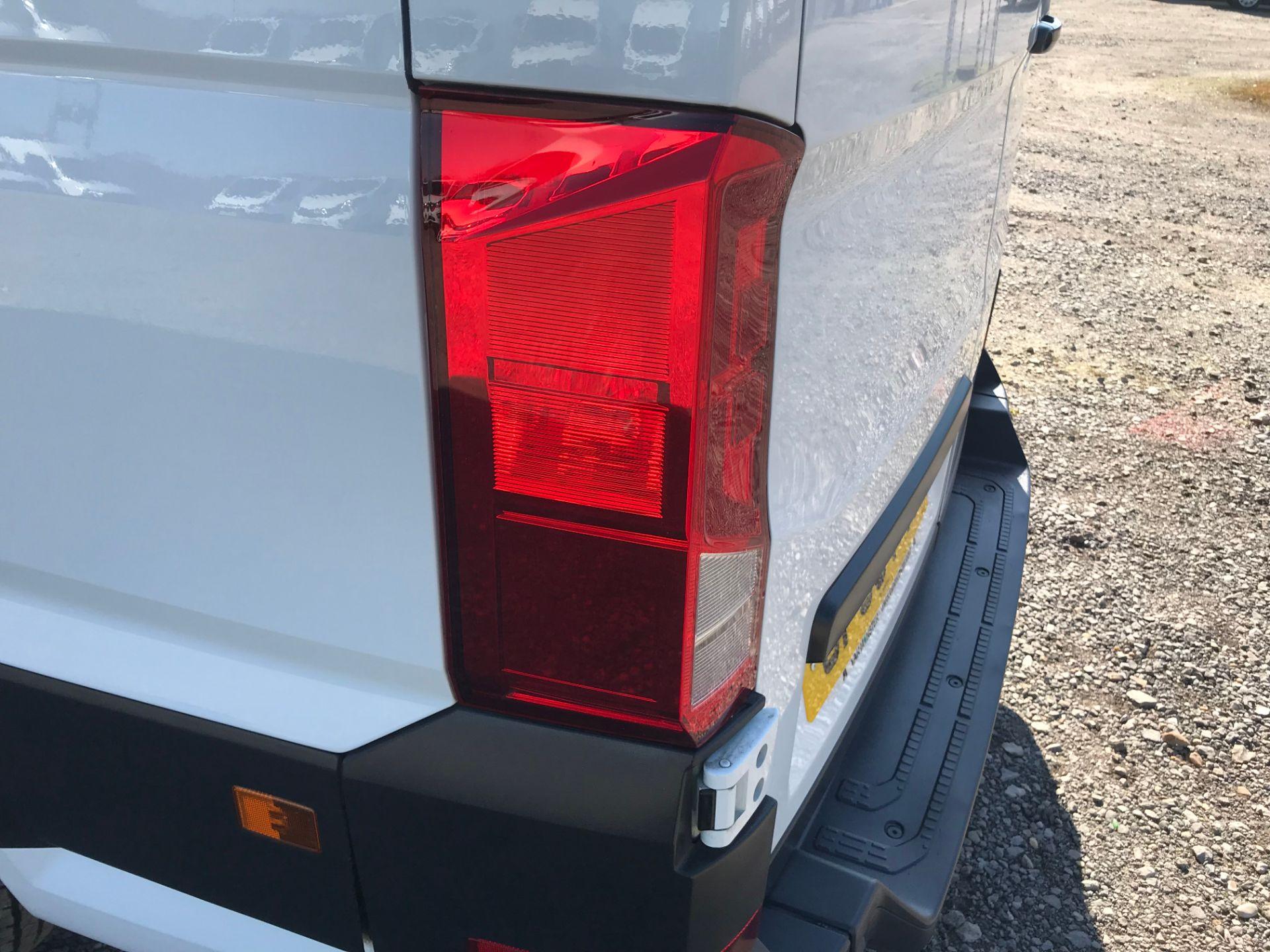 2018 Volkswagen Crafter 2.0 Tdi 140Ps Startline High Roof Van (GF68FYP) Image 30