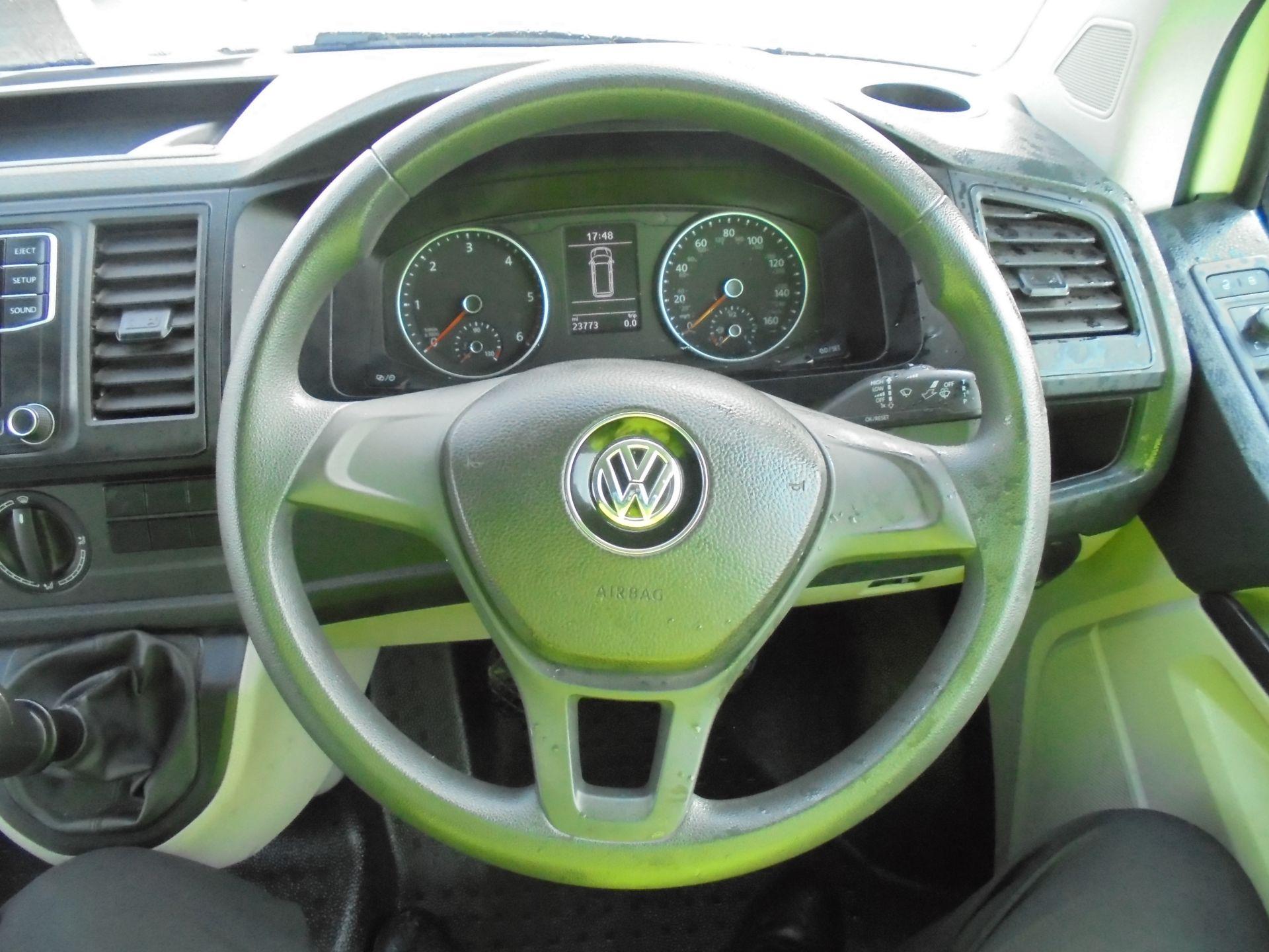 2018 Volkswagen Transporter 2.0 Tdi Bmt 102 Startline Van Euro 6 (GF68HKX) Image 12