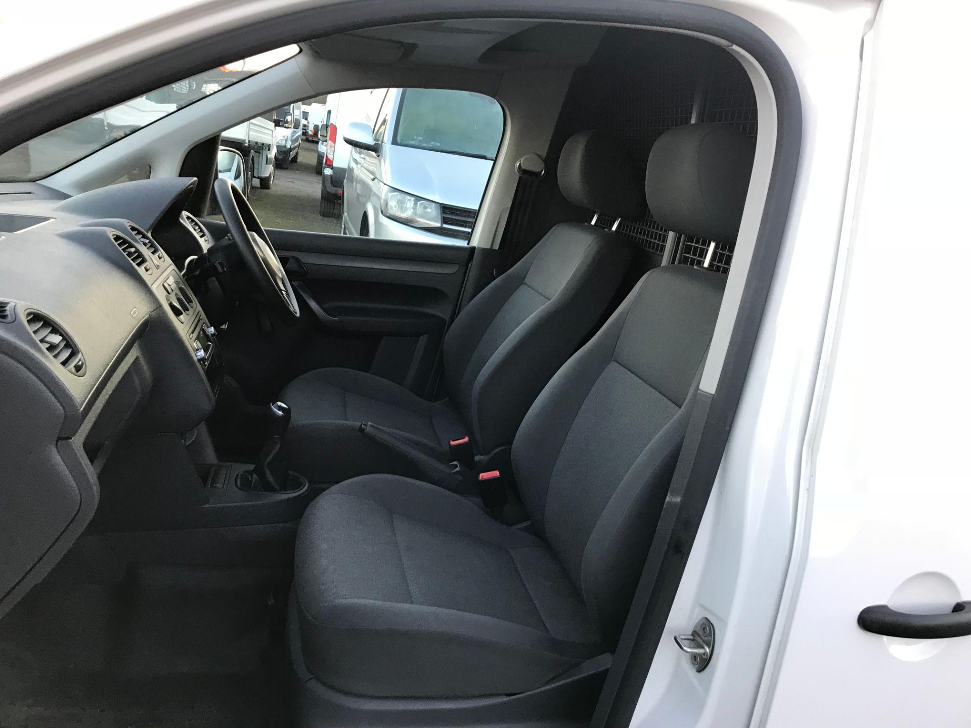 2015 Volkswagen Caddy 1.6 Tdi 102Ps Startline Van (GH15AYK) Image 15