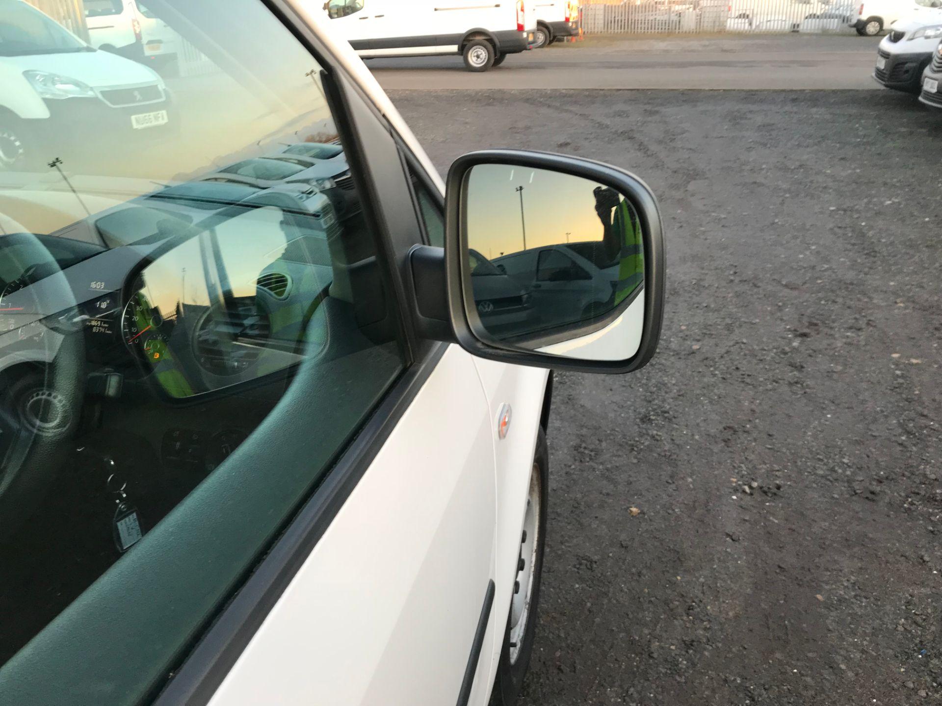 2015 Volkswagen Caddy 1.6 Tdi 102Ps Startline Van (GH15AYK) Image 10