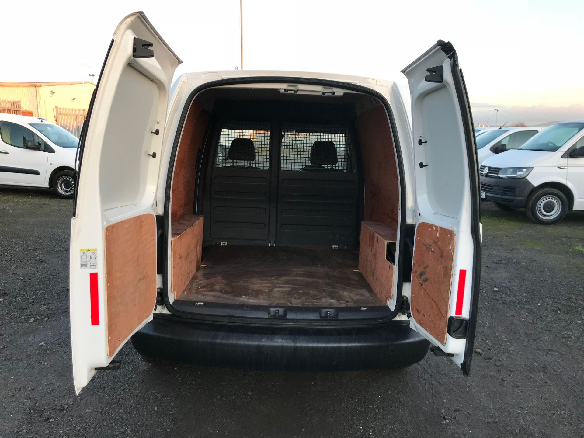 2015 Volkswagen Caddy 1.6 Tdi 102Ps Startline Van (GH15AYK) Image 17
