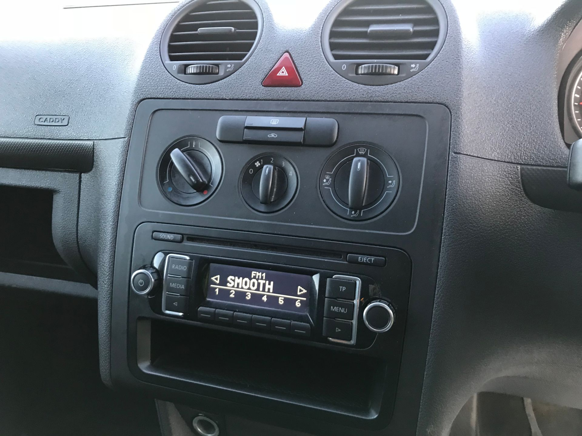 2015 Volkswagen Caddy 1.6 Tdi 102Ps Startline Van (GH15AYK) Image 13