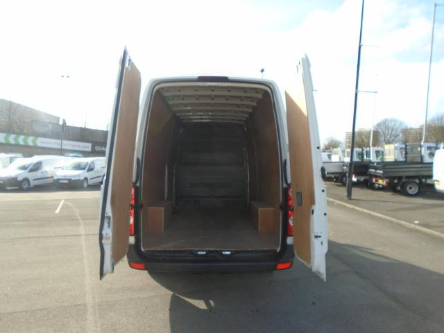2016 Volkswagen Crafter  CR35 LWB 2.0 TDI 136PS HIGH ROOF EURO 5 (GH16BLZ) Image 10