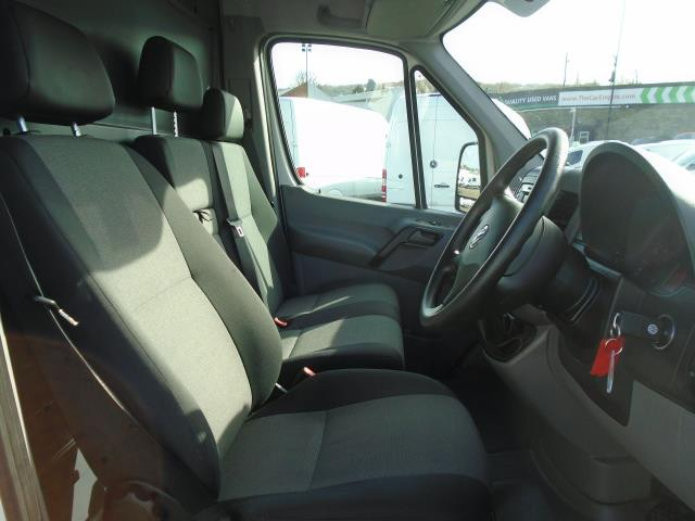2016 Volkswagen Crafter  CR35 LWB 2.0 TDI 136PS HIGH ROOF EURO 5 (GH16BLZ) Image 5