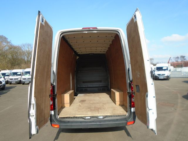2016 Volkswagen Crafter  CR35 LWB 2.0 TDI 109PS HIGH ROOF EURO 5 (GH16BNV) Image 7