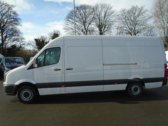 2016 Volkswagen Crafter  CR35 LWB 2.0 TDI 109PS HIGH ROOF EURO 5 (GH16BUF) Image 9