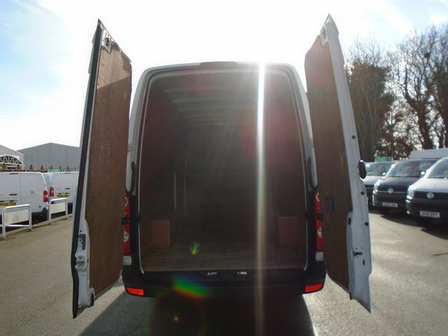 2016 Volkswagen Crafter  CR35 LWB 2.0 TDI 109PS HIGH ROOF EURO 5 (GH16BUF) Image 7