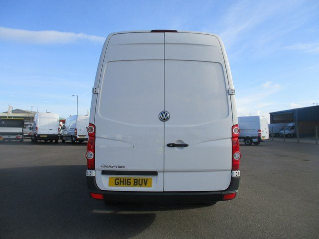 2016 Volkswagen Crafter CR35 LWB 2.0 TDI 136PS HIGH ROOF STARTLINE VAN  (GH16BUV) Image 6